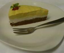 Recipe Mango and Vanilla Bean Raw Cheesecake by Moey512 - Recipe of category Desserts & sweets