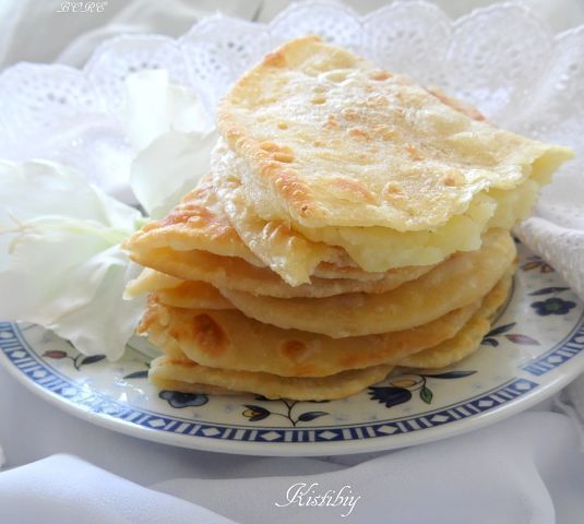 Кыстыбый (татарские лепешки с начинкой).. Рецепт c фото от BORE 06 марта 2015, 00:28, мы подскажем, как приготовить!