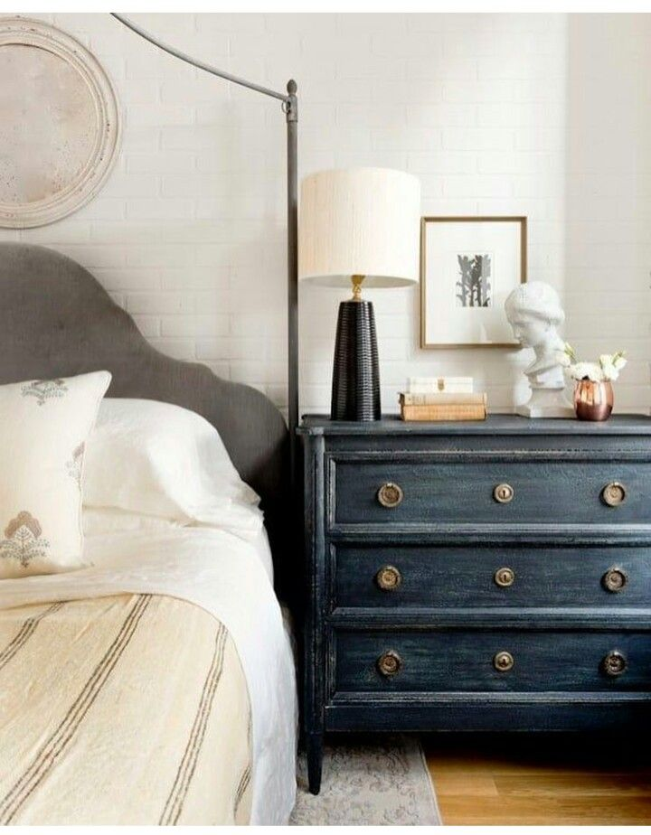 pretty bedroom w/ wonderful chest of drawer