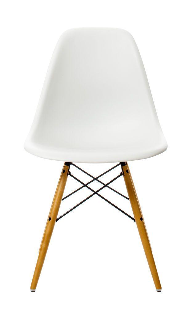 Eames Plastic Side Chair DSW Online Shop 343,00 €