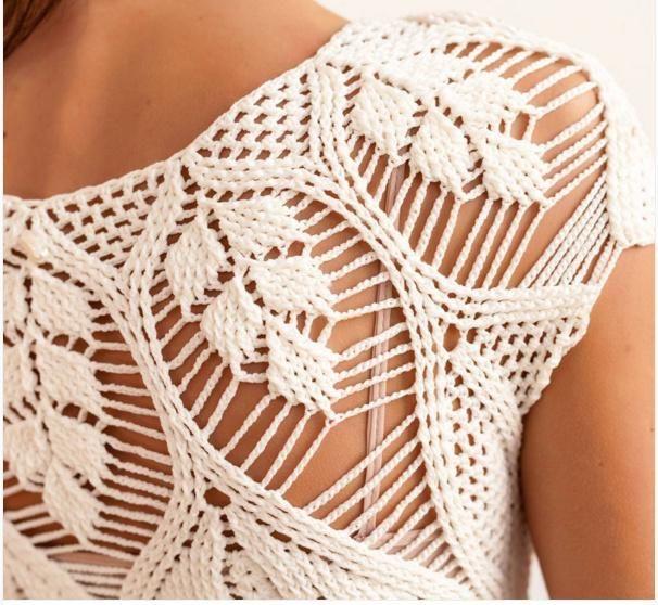 cream crochet dress by Helen Rodel - detail