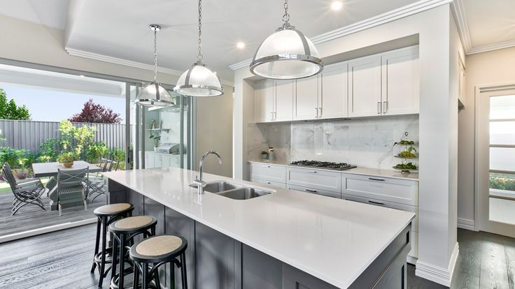 The Manor by Summit Homes. Discover more at https://www.summithomes.com.au/display-homes