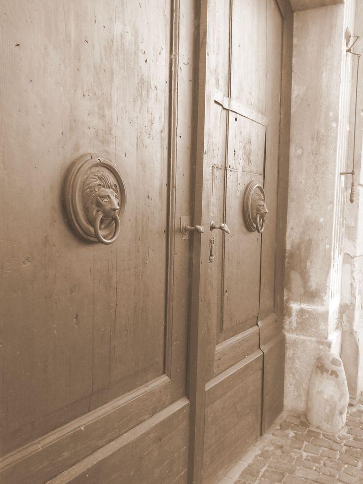 Dvere ako z iného času