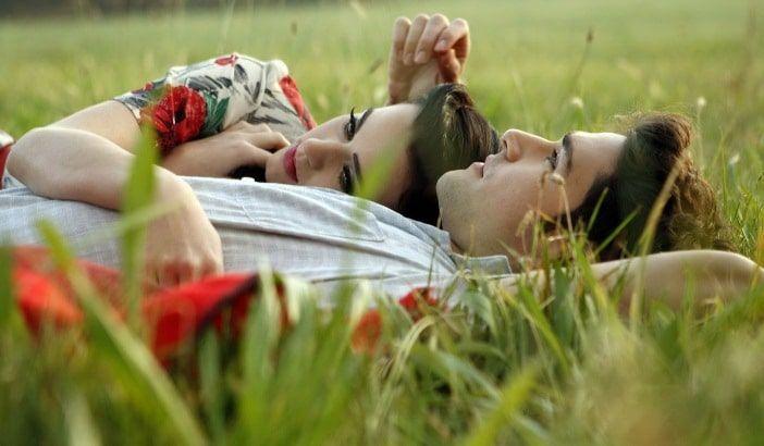 Les couples heureux vous dévoilent 13 secrets pour être heureux 1 – Ils se disputent… mais de manière constructive. Il est normal d'avoir quelques désaccords et le constater permet de mettre …