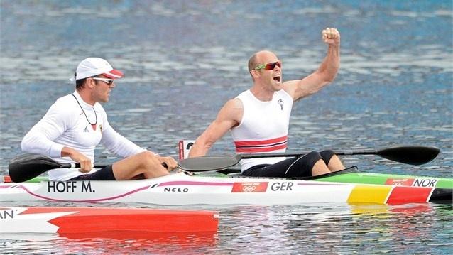 Eirik Veras Larsen celebrates gold