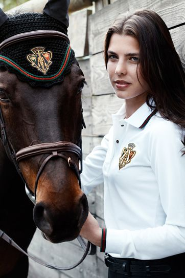 Gucci Equestrian Fashion- holy crap that's got to be silly expensive. I hate bonnets but. If its Gucci I would most defy put it on my ponies