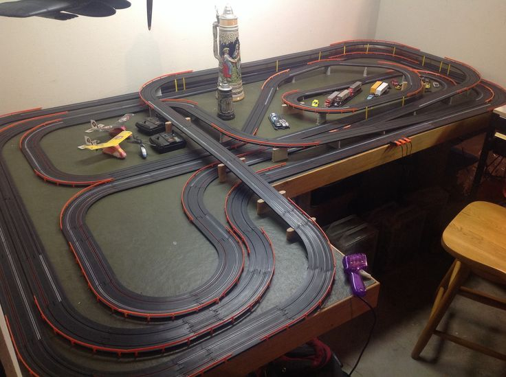Ex le6 as well G besides Slot Car Track Layouts likewise Layouts in addition Scalextric Layouts Ideas. on tyco 4 lane slot track layout design