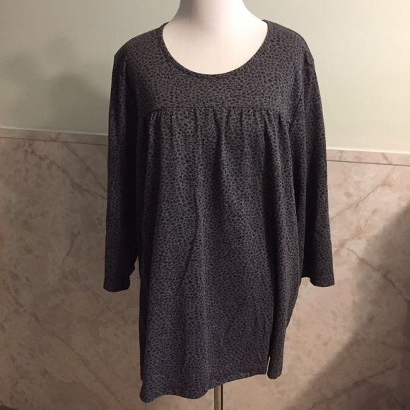 Cathy Daniels Grey Leopard Print Flowing Blouse This is a soft knit blouse by Cathy Daniels made from polyester and rayon. It has a deep gray leopard print and a high sewn line so the blouse drapes in a flattering way. It's a size 1x. Cathy Daniels Tops Blouses