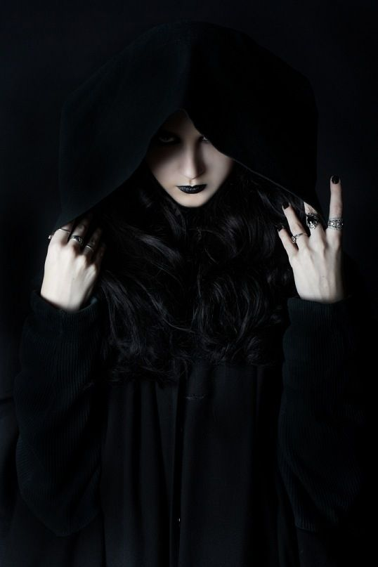 Dark Side | ko-te.com by @evatornado collection  Elsibeth