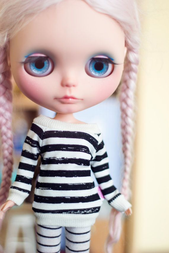 Black Stripes sweater for Blythe dolls