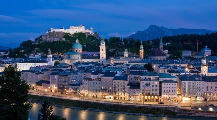 Salzburg is de stad waar de bekende film Sound of Music is opgenomen... Zeker een plek voor op de bucketlist!!