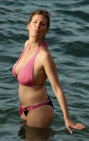 Sexy wife show