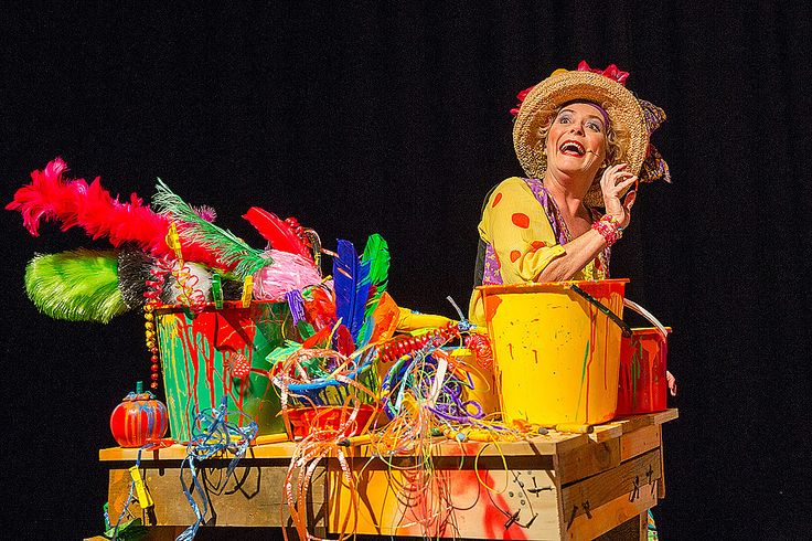 Grandma McGarvey with Grandpa's Slippers | Tim Bray Productions. Auckland's leading theatre for children www.timbrayproductions.org.nz