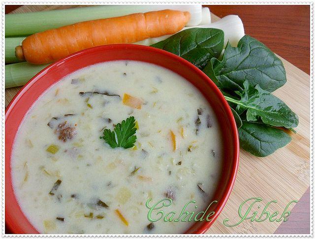 Sebzeli, Bulgurlu Diyet Çorbası