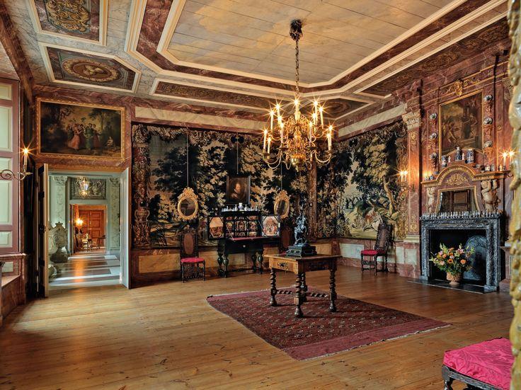 Paleis Het Loo, Apeldoorn The Netherlands Oude Eetzaal Old Dining Room high…