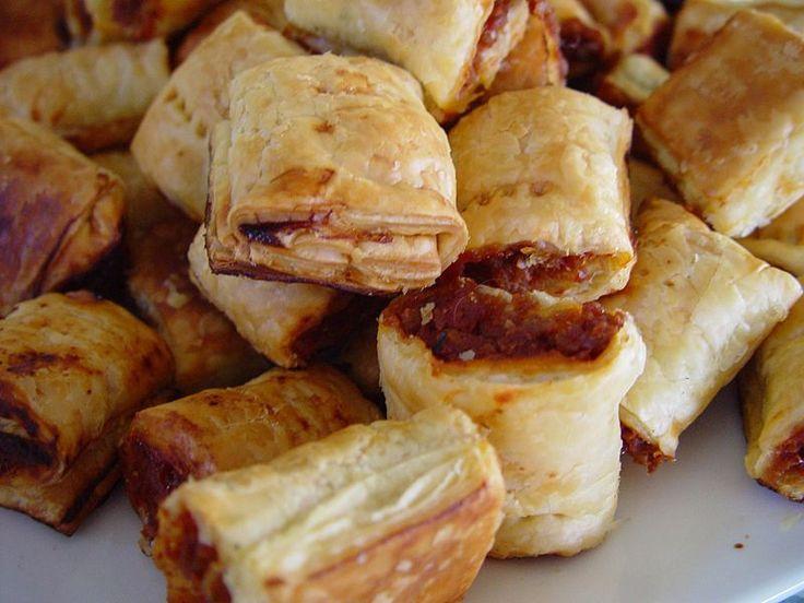 Kochtopf24: Sausage Rolls - Blätterteig mit Wurstfüllung