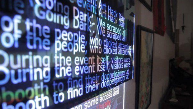 L'art génératif et le moteur de recherche qui permet de trouver son sosie. Marcel Schwittlick crée des images vivantes, des animations qui mènent une existence autarcique au sein d'un système informatique qu'il a inventé.