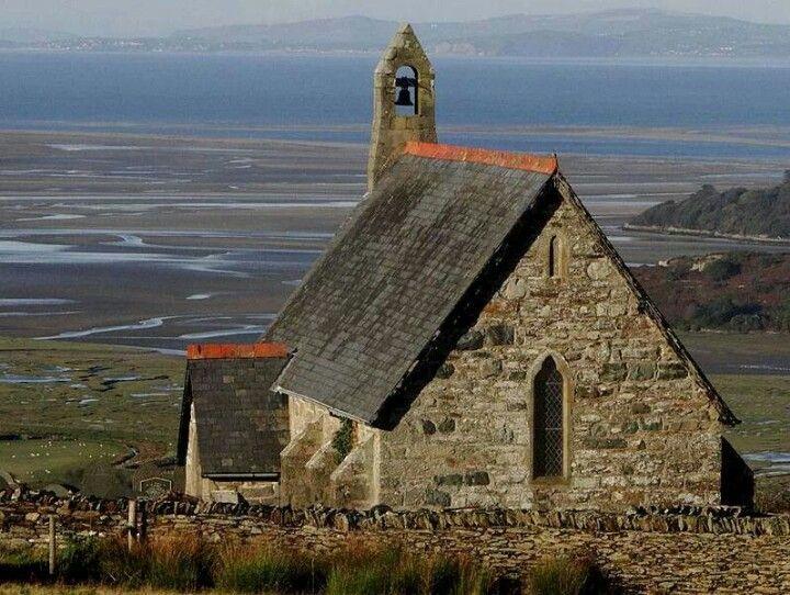 St. Tecwyn' s Church, Wales