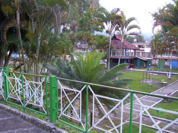 Parque Infantil - Libano Tolima - 2007