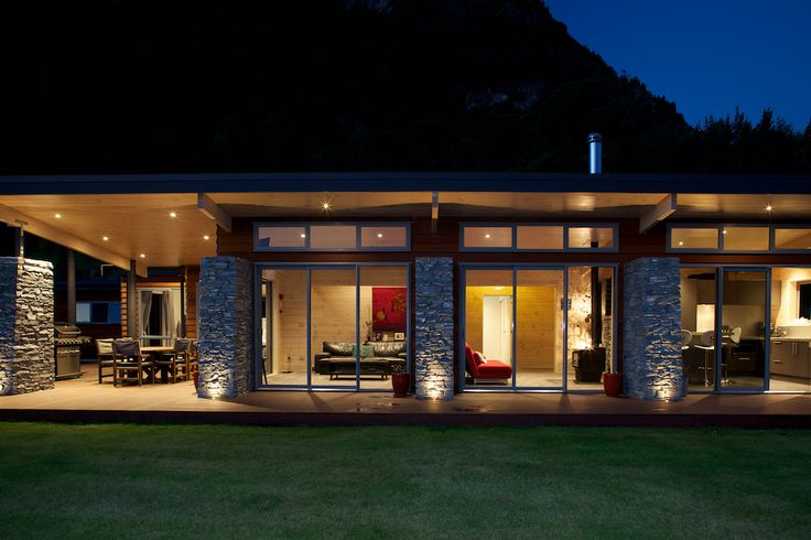 Stunning Pavilion plan with stone pillar work and central galley area. Lockwood Southern Lakes