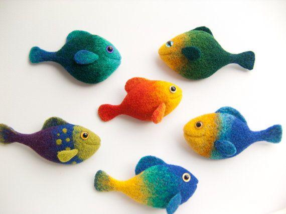 Fish Brooch Beautiful Handmade Gift Cute Animals by felttess, $23.00. Felttess [Europe] - https://www.etsy.com/shop/felttess #feltfish #needlefelted #fish