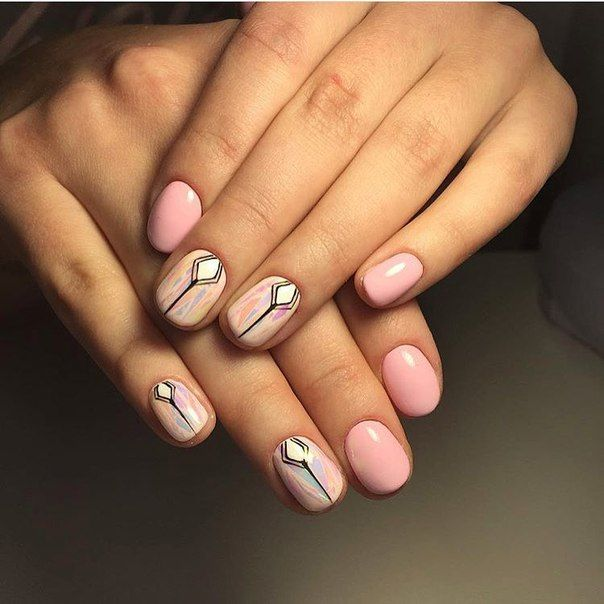 Accurate nails, Drawings on nails, Ethnic nails, Everyday nails, Indian nails, Manicure by summer dress, Pastel nails, Pink nails with patterns
