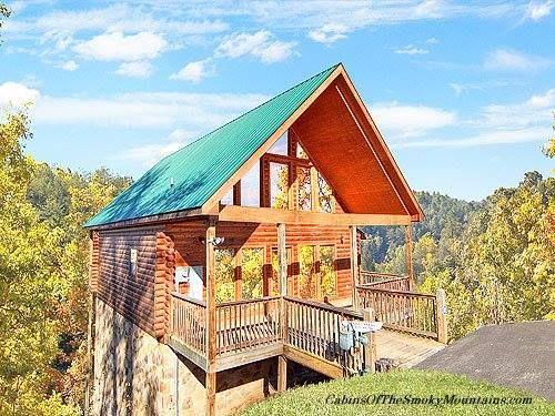 A Nice Catch  1 bedroom cabin above Gatlinburg  TN  with a50 best 1 Bedroom Cabins in Gatlinburg images on Pinterest  . One Bedroom Cabins Gatlinburg Tn. Home Design Ideas