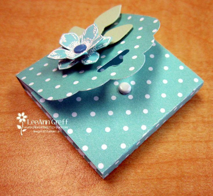 Scalloped Tag Topper Post-It Holder - Flowerbug's Inkspot
