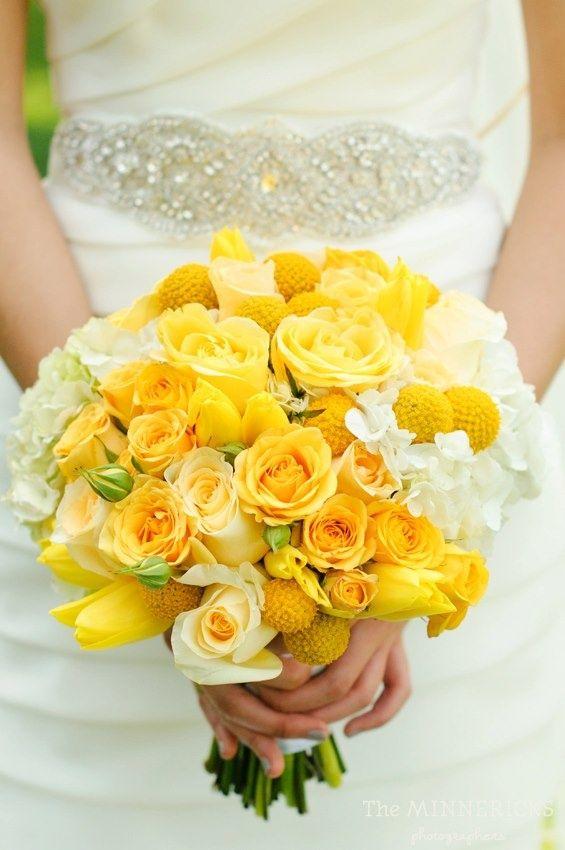 Ramo de novia en color amarillo.