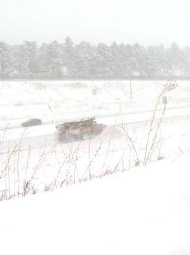 Burza śnieżna w Denver. Setki lotów odwołanych. http://tvnmeteo.tvn24.pl/informacje-pogoda/swiat,27/burza-sniezna-w-denver-setki-lotow-odwolanych,188608,1,0.html