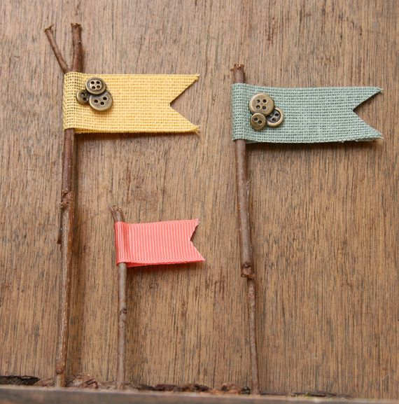 Rustic cupcake flags! SO cute!  Add these to their lunches - especially when we are reading Little House on the Prairie.
