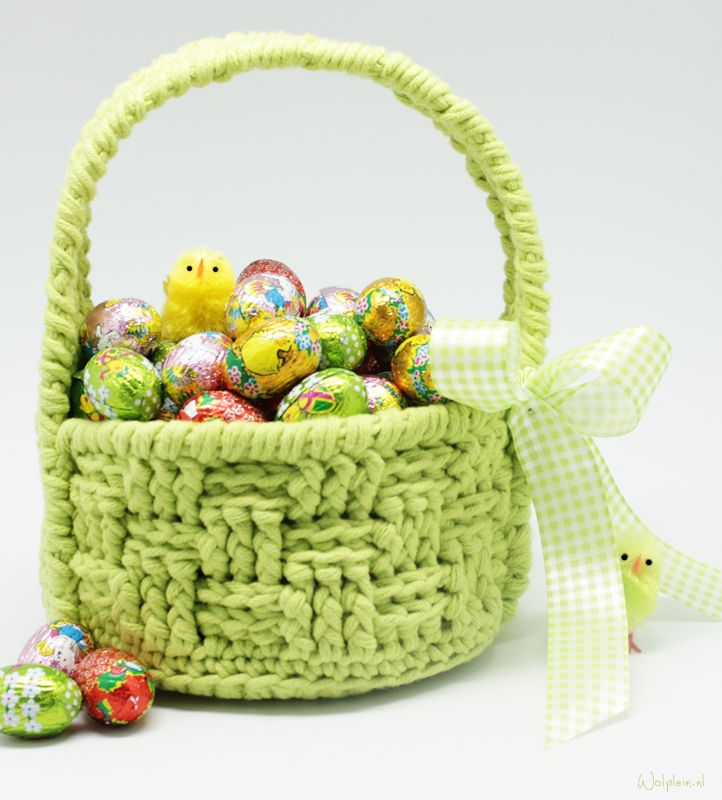 Paasmandje haken / Easter basket (Dutch pattern with photo's)