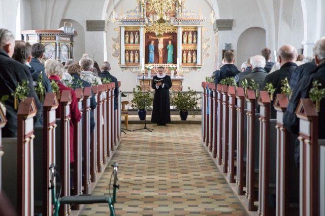 Langfredag i Øster Snede Kirke, Hedensted Provsti