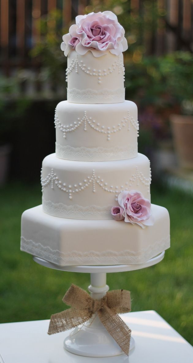 pretty pearl wedding cake by Ivory & Rose Cake Company