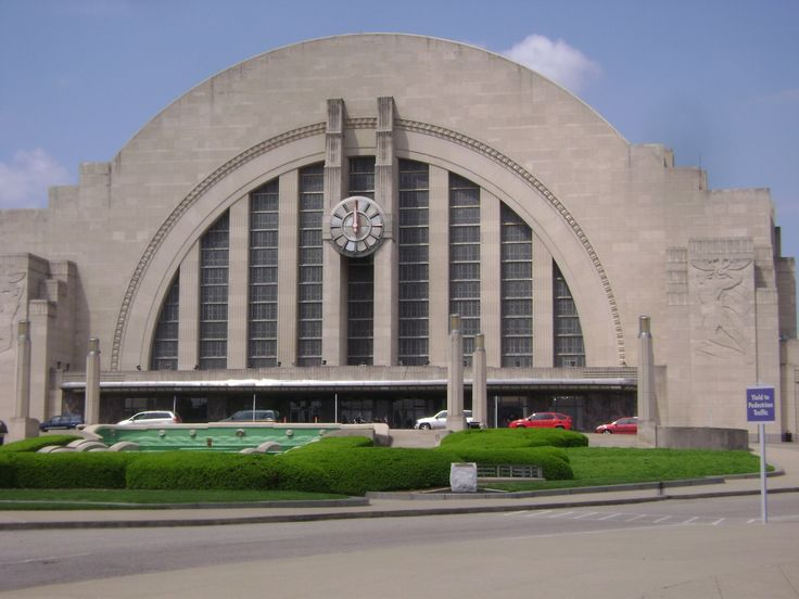 """The Cincinnati Museum Center at Union Terminal is home to three of the greatest Museums in the world - The Duke Energy Children's Museum, The Cincinnati History Museum, and The Museum of Natural History and Science. There is literally not enough time in one day to visit all three museums, but this museum is literally """"Kids World"""" like you've never seen it before."""