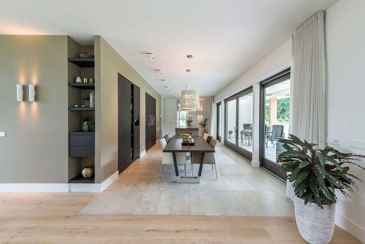 De nieuwbouw van uw huis omvat een hoop aspecten. Niet alleen de architectuur van het huis is van belang, de samenhang met het interieur is net zo bel...