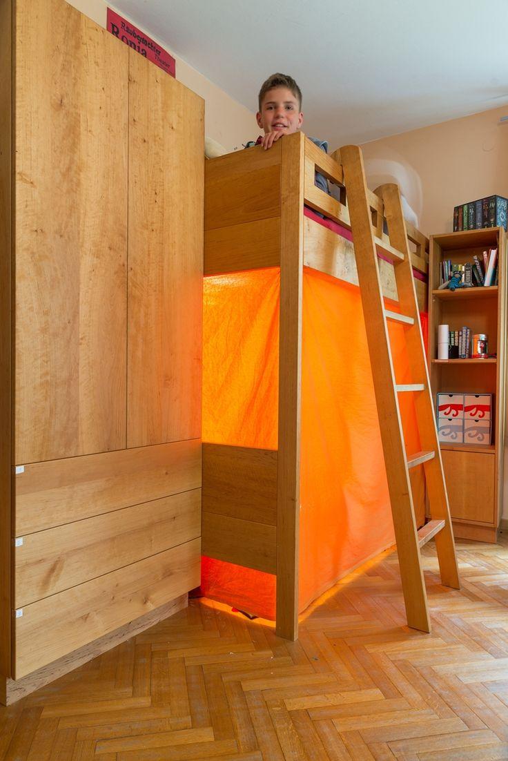 die besten 25 hochbett mit schrank ideen auf pinterest ikea hochbett mit schrank hochbett. Black Bedroom Furniture Sets. Home Design Ideas