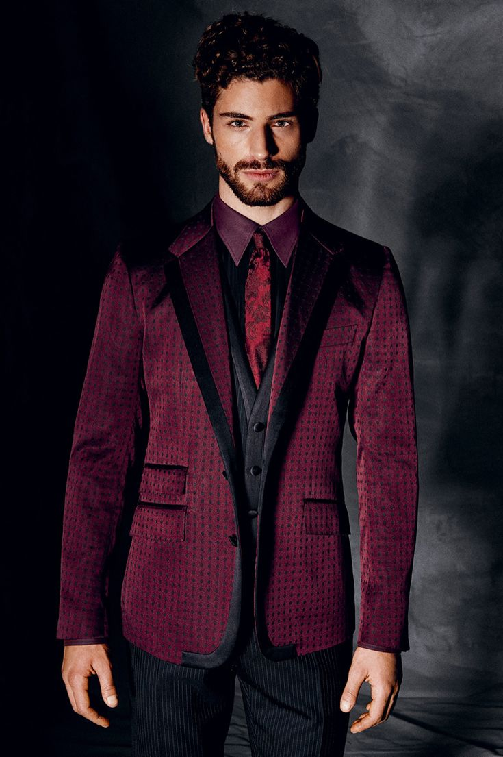 Dolce & Gabbana Fall/Winter 2014 Mens Look Book image Dolce and Gabbana Fall Winter 2014 Men Look Book Model Images 014