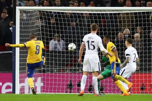 Tottenham 1 Juventus 2 LIVE: Uefa Champions League 2017-18 football as it happened at Wembley - goals, highlights: * Tottenham 1 Juventus 2…