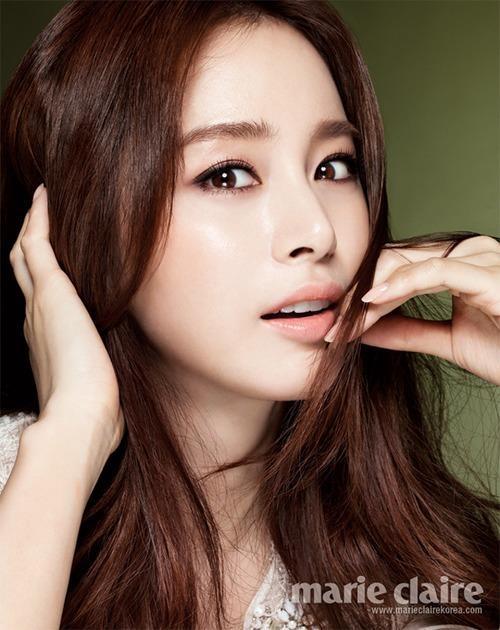 Kim Tae Hee, why are so beautiful & so Catholic!?!