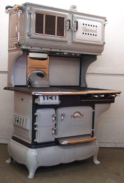 Double Oven Glenwood Gold Medal Gas and Wood Dual Fuel Combination Antique Cook Stove - GWKRgold_medal_glenwood_gry_rest_ripps