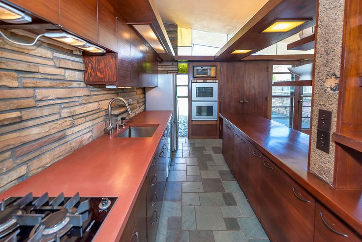 """Midcentury modern home with """"scotch and music"""" room and indoor fountain asks $199K - Curbed"""