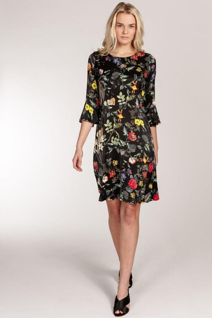 Jamaica dress - Black   Provrummet.se