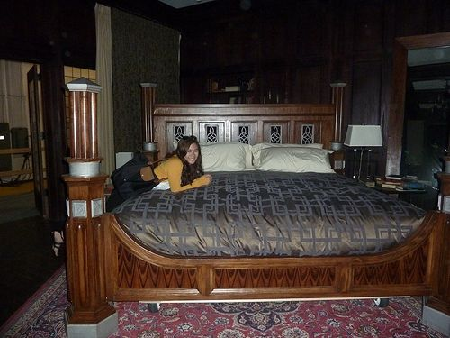 damon's bed | The Vampire Diaries | Pinterest | Beds