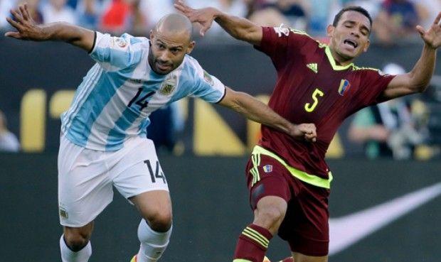 Sin Messi Chile empató con Venezuela 2-2 por Eliminatorias.