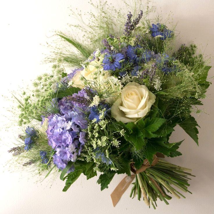 Bouquet de mariée/ wedding bouquet. A l'anglaise!