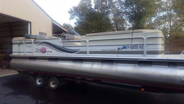 VCI Classifieds -  1997 SunTracker Pontoon Boat 27'