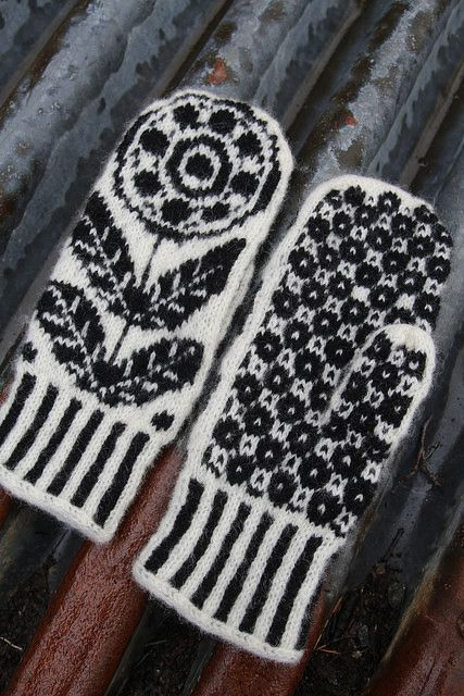 Ravelry: Blomekrans (mittens) pattern by Tori Seierstad