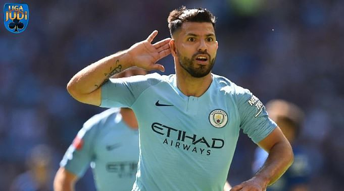 Liga Inggris Saat Ini Penyerang Manchester City Sergio Aguero Telah Dinyatakan Sembuh Dari Cederanya Aguero Yang A Dengan Gambar Manchester Manchester City Liga Inggris
