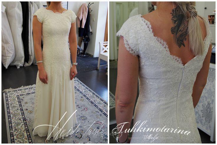 Lace and chiffon wedding dress dress by: Heidi Tuisku/Ateljé Tuhkimotarina
